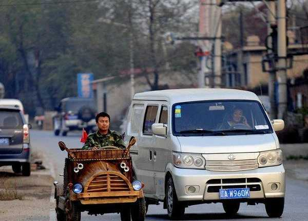 China wooden electric car t1