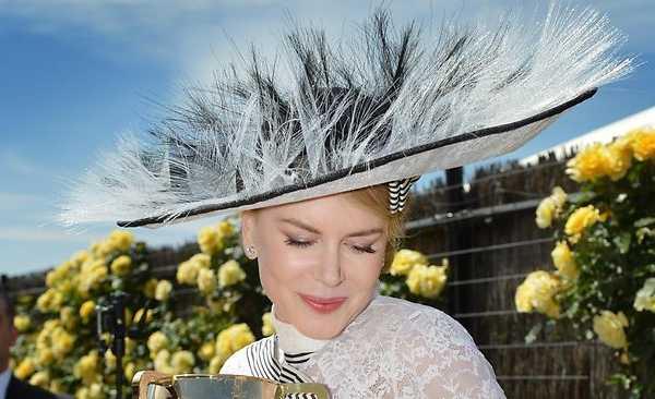 Nicole-Kidman-hat