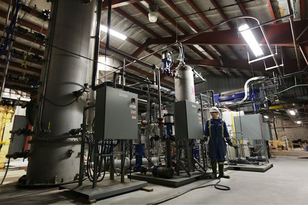 Air, Cleaner: Pilot Plant Economically Captures CO2